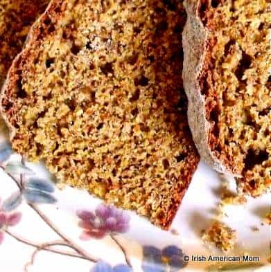 Slices of Irish brown bread on a plate