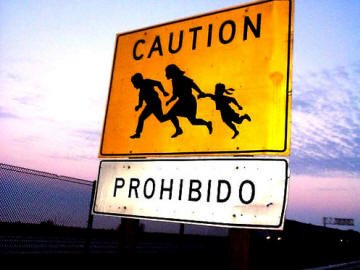 Caution sign on US border