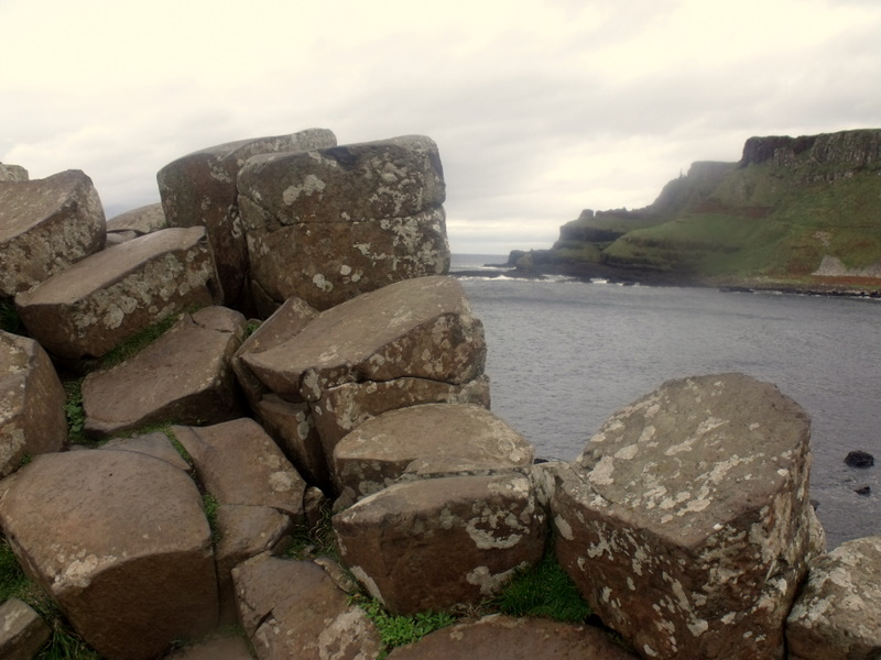 Giants Causeway - rocks and cliffs