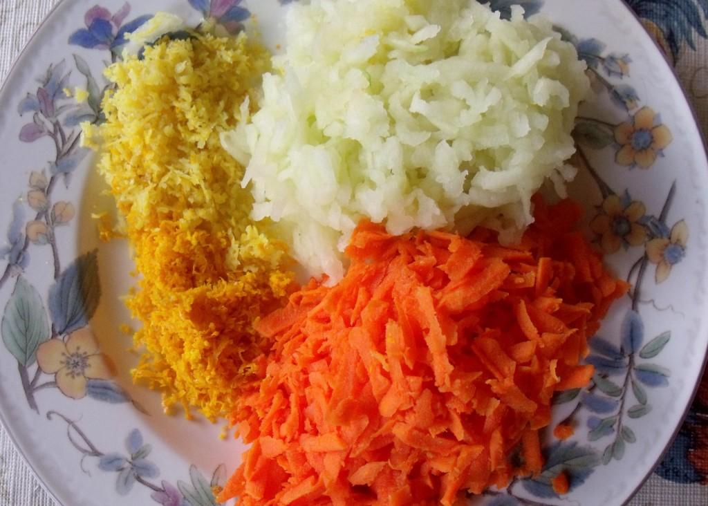 Carrot and apple for christmas pudding