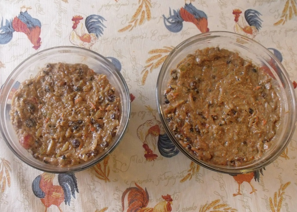 Plum pudding mixture in bowls