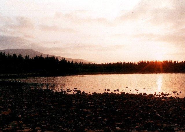 http://www.flickr.com/photos/rowanofravara/113553880/sizes/z/in/photostream/