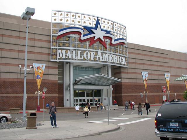 America's Love Affair With The Mall