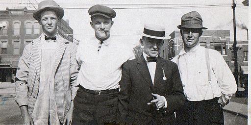 http://commons.wikimedia.org/wiki/File:Irish_immigrants_1909.jpg