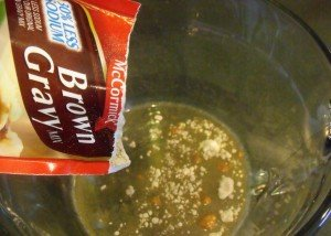 Brown gravy mix as a base for roast beef gravy