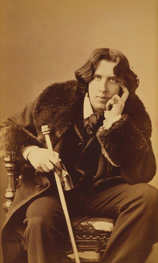 http://commons.wikimedia.org/wiki/File:Oscar_Wilde_portrait_by_Napoleon_Sarony_-_albumen.jpg
