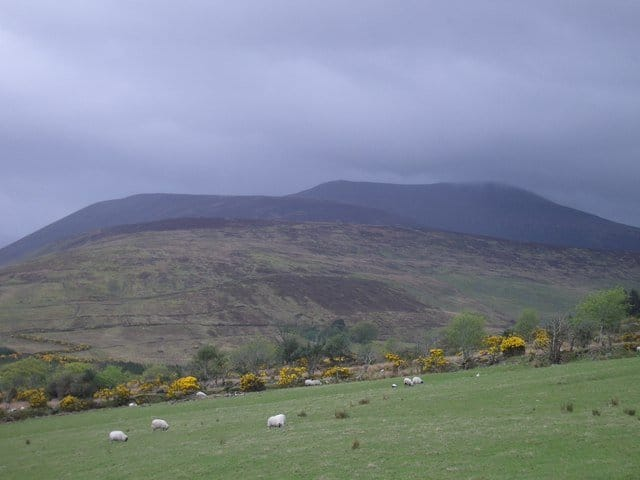 http://www.geograph.org.uk/photo/480562