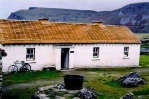 A thatched cottage at Father McDyer's Folk Village - Glencolumbcille