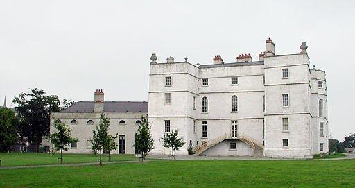 http://commons.wikimedia.org/wiki/File:Rathfarnham_Castle.jpg