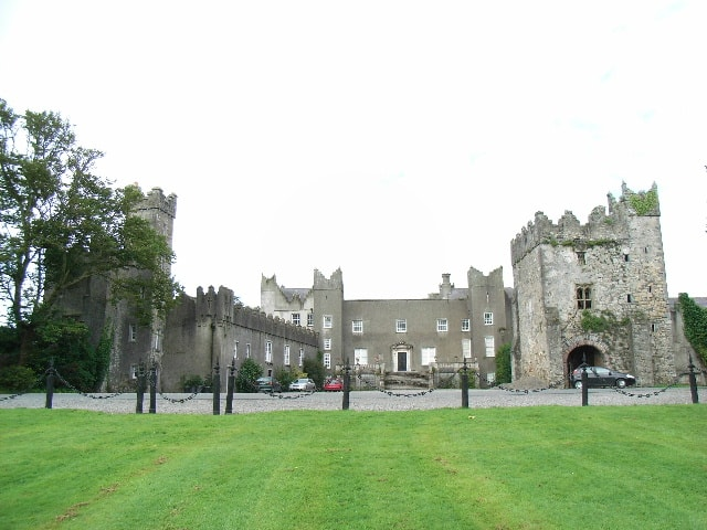 http://www.geograph.ie/photo/518818