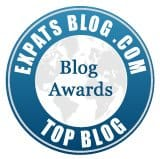 Blue badge for Expats blog award