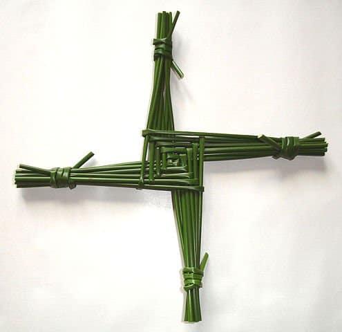 http://en.wikipedia.org/wiki/File:Saint_Brigid%27s_cross.jpg
