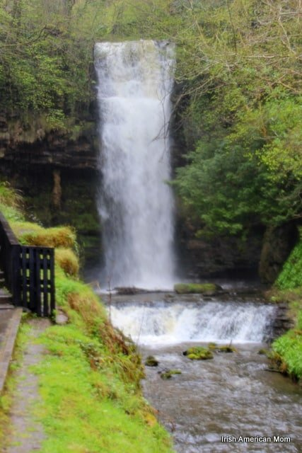 http://www.irishamericanmom.com/2013/05/31/glencar-waterfall-and-lake/