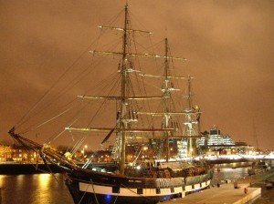 Famine ship the Jeanie Johnson on the dock in Dublin