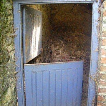 grey half door with top half open in Ireland