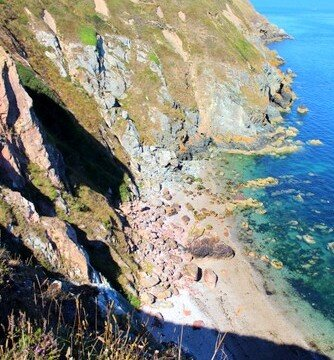 The rocky beach at the bottom of the cliff path and down the 199 steps in Howth