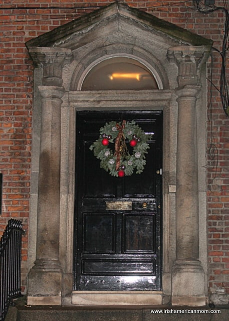 https://www.irishamericanmom.com/2014/12/25/christmas-lights-in-dublin/
