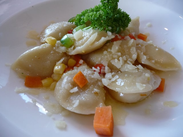 Russian pelmini in cream sauce