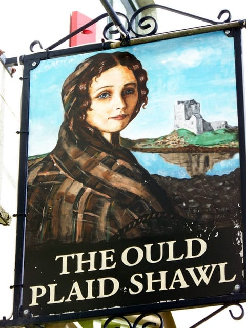 A pub sign for The Ould Plaid Shawl