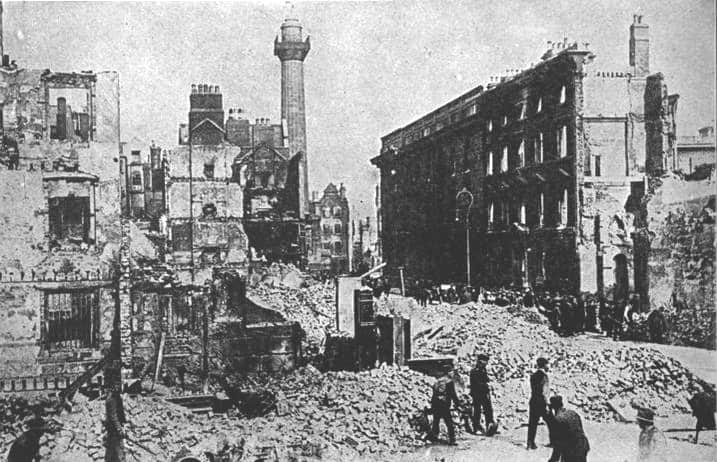 Sackville_Street_(Dublin)_after_the_1916_Easter_Rising