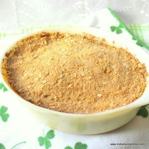 A casserole of freshly baked apple crumble