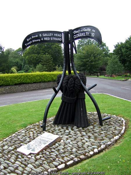 Castlefreke Signpost and Sculpture