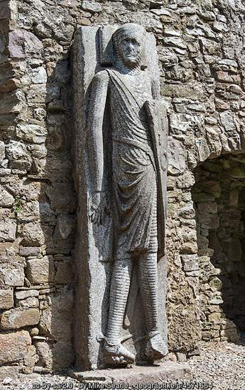 Stone sculpted knight in Kilfane Church