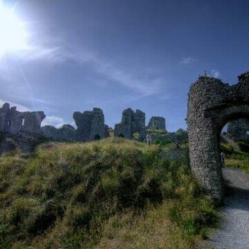 An entrance gate at the Rock of Dunamase