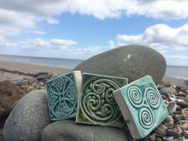 celtic-valley-ceramics-tiles-in-an-ocean-inspired-color
