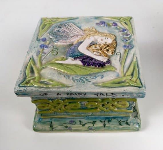 handpainted-ceramic-trinket-box-with-an-irish-fairy-and-celtic-patterning-design