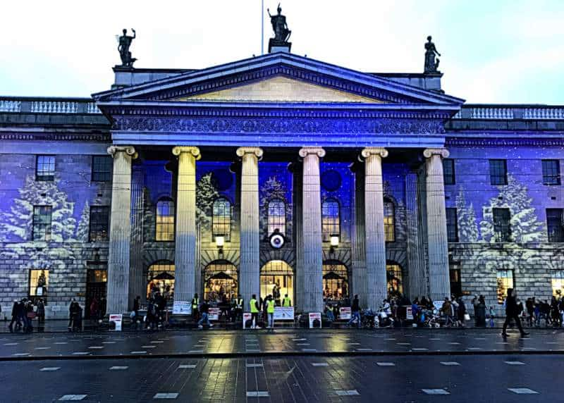 The GPO in Dublin in Christmas lights