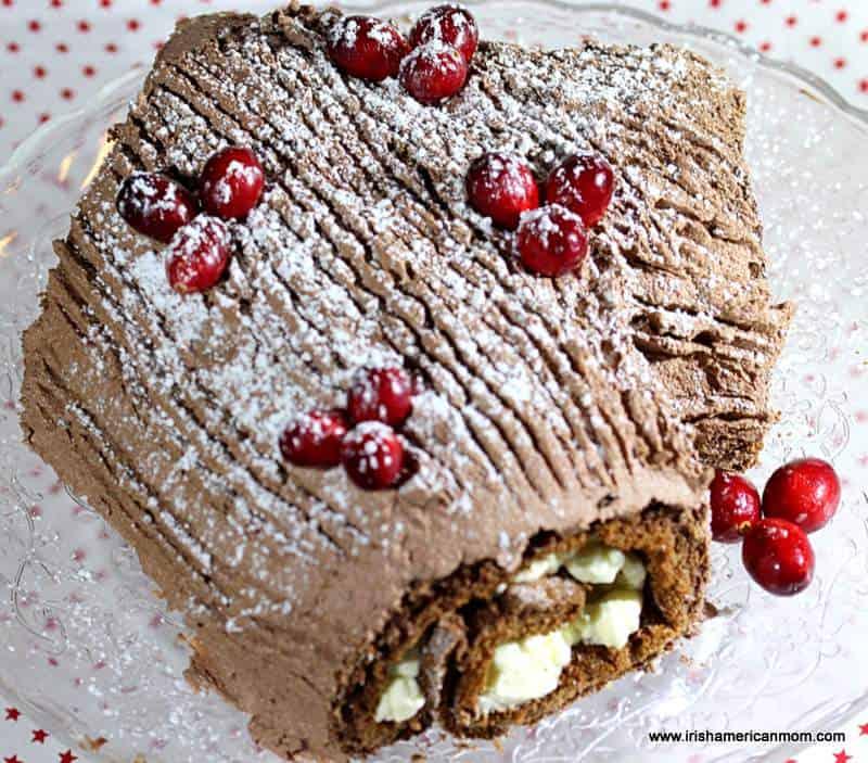 Making a yule log cake have a bark effect