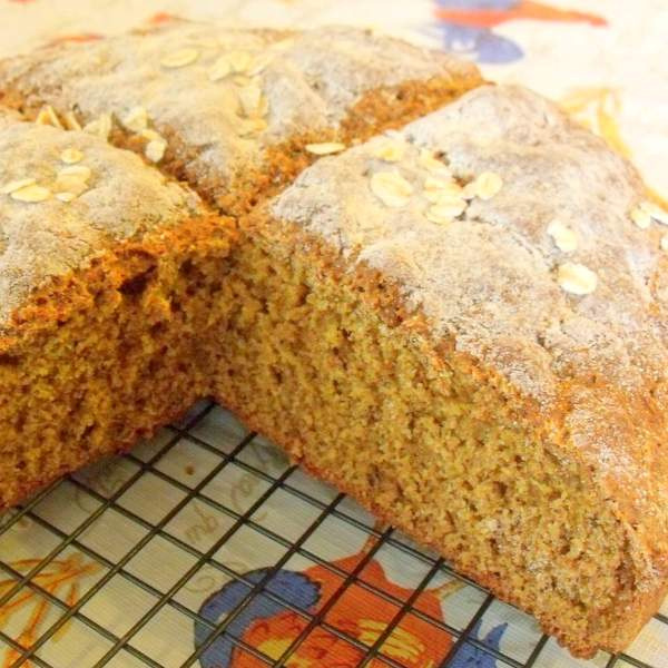 Loaf of Irish brown bread