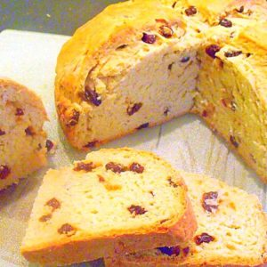 Slices of Irish raising soda bread