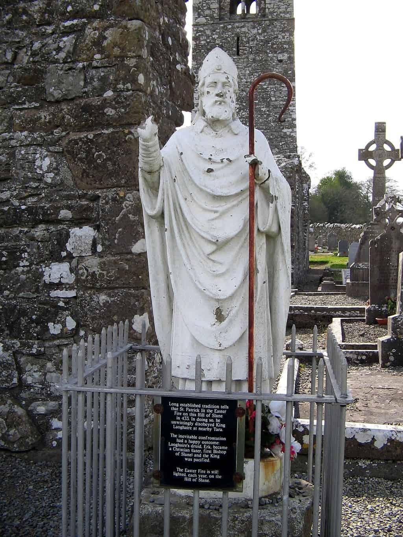 A white Statue of Saint Patrick