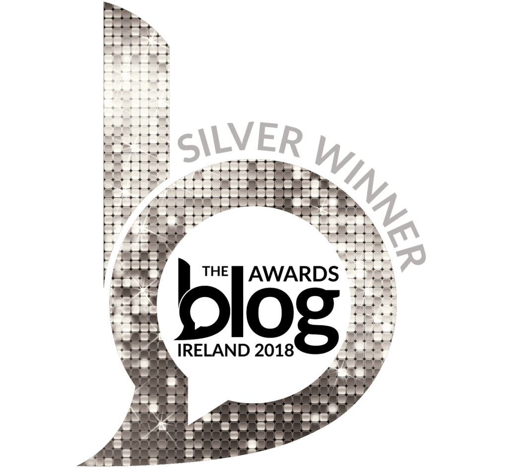 Silver glittery b for the silver winner badge in the Blog Awards Ireland 2018