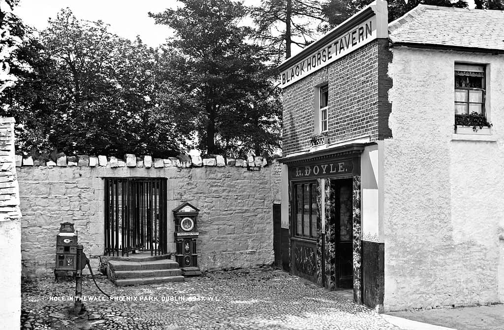 The Blackhorse Tavern a brick pub in Dublin beside the walls to the Phoenix Park