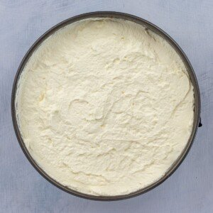 Cream layer on top of a pie